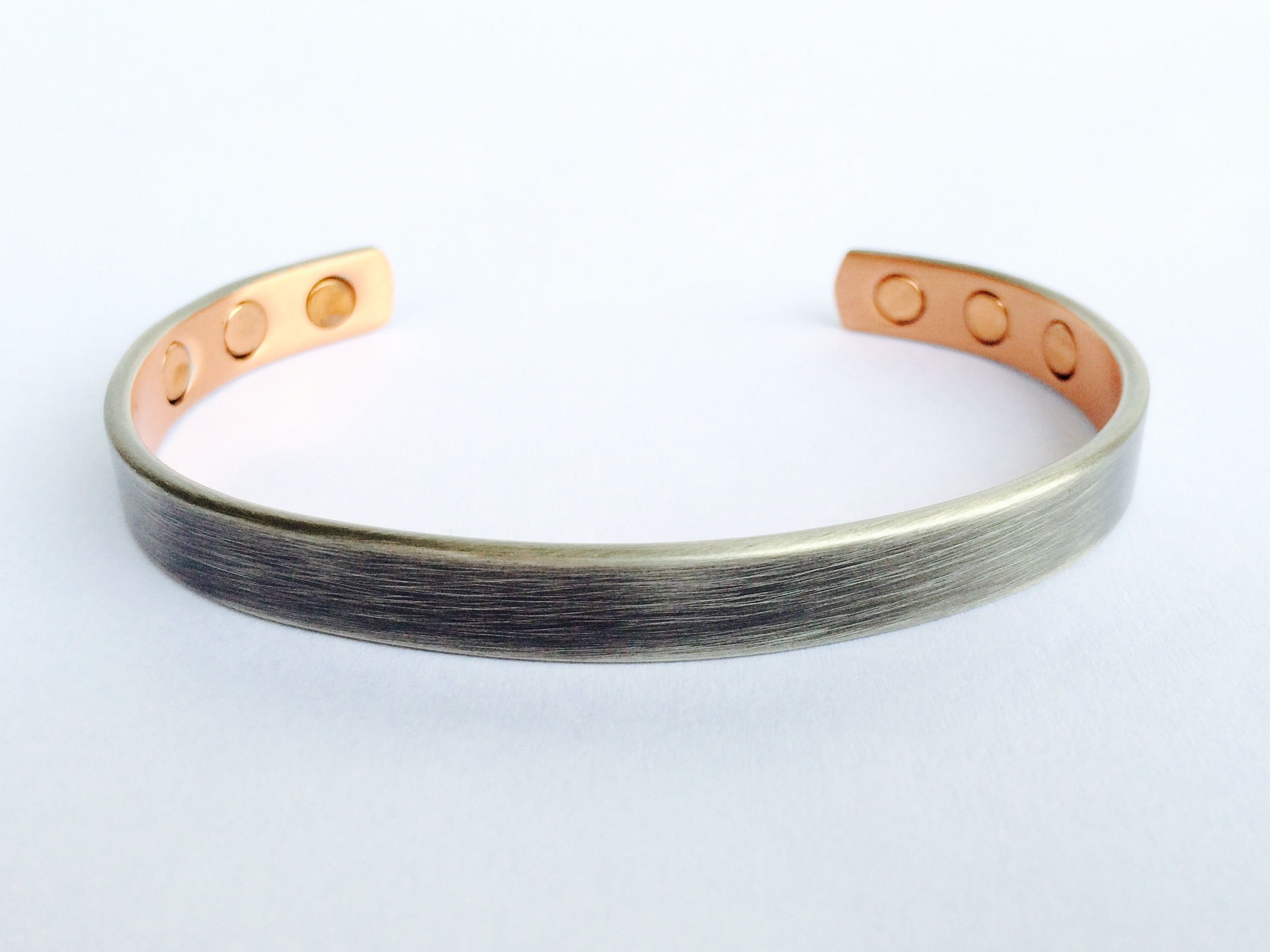 Copper magnetic bracelet cm04 syntropy zone for How does magnetic jewelry work