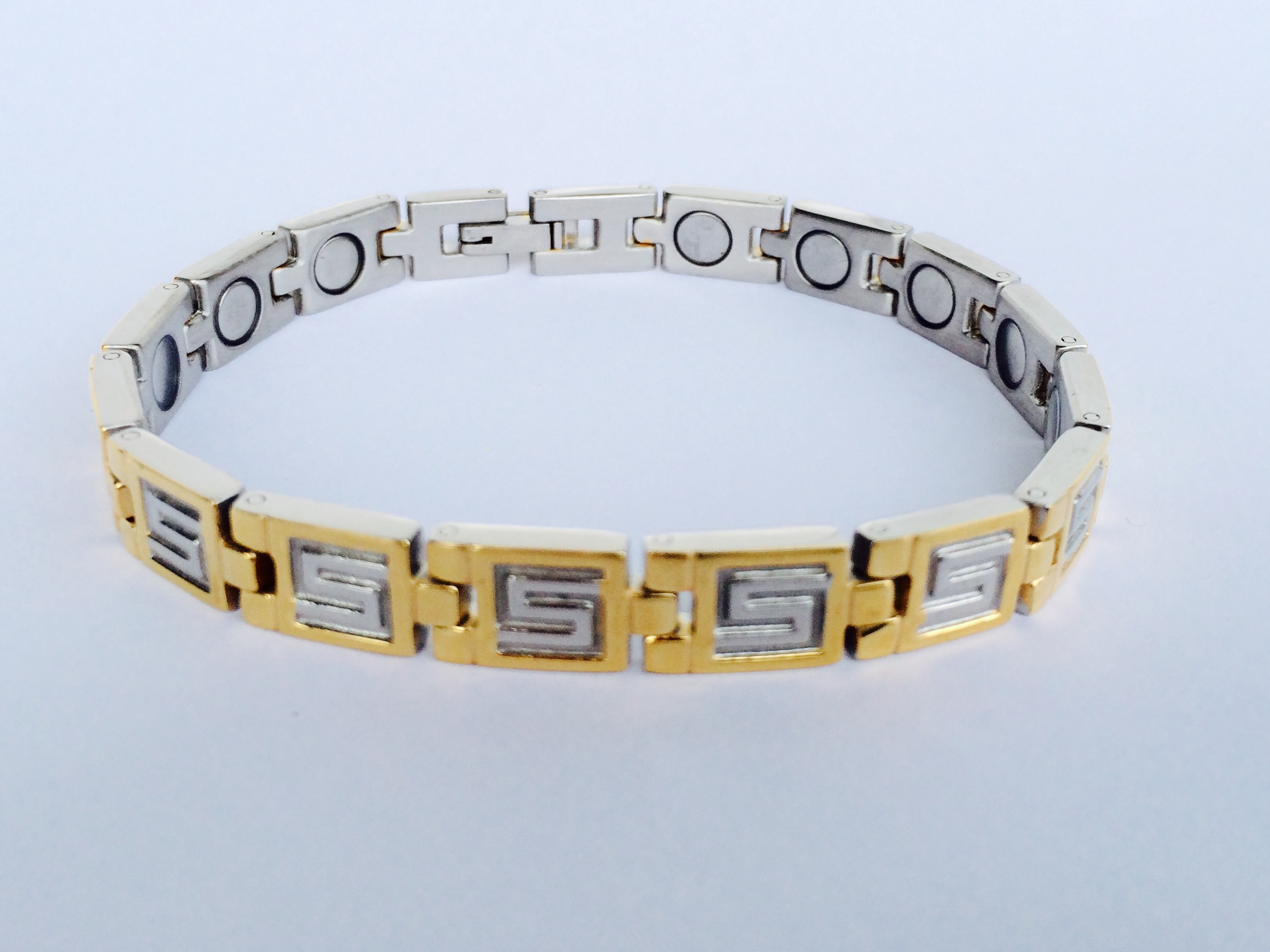 Magnetic bracelet smb 10 syntropy zone for How does magnetic jewelry work